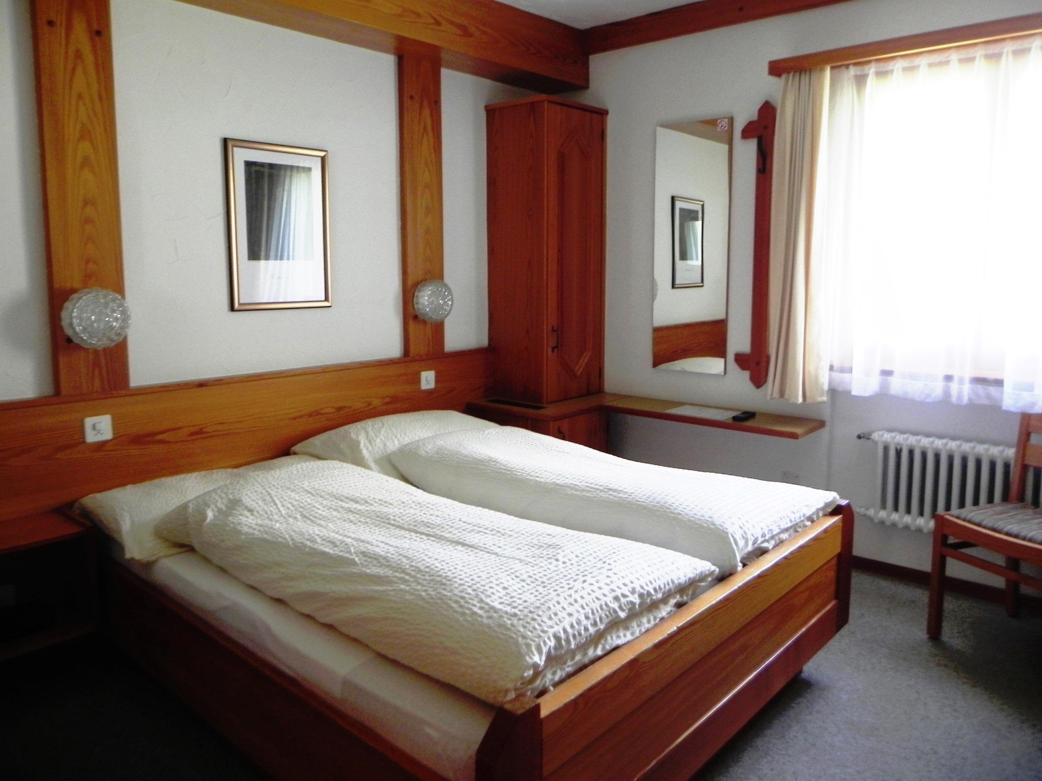 Zimmer 4, 10 & 16